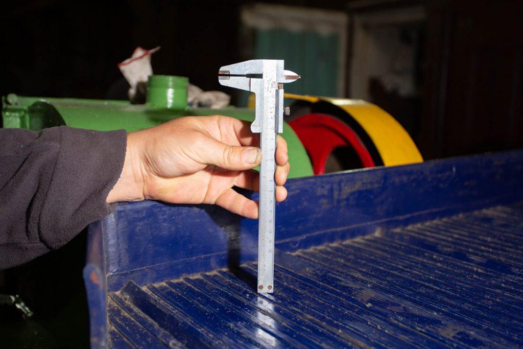 высота гребня стола концентрационного